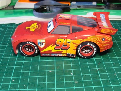Lightning McQueen Simple Papercraft