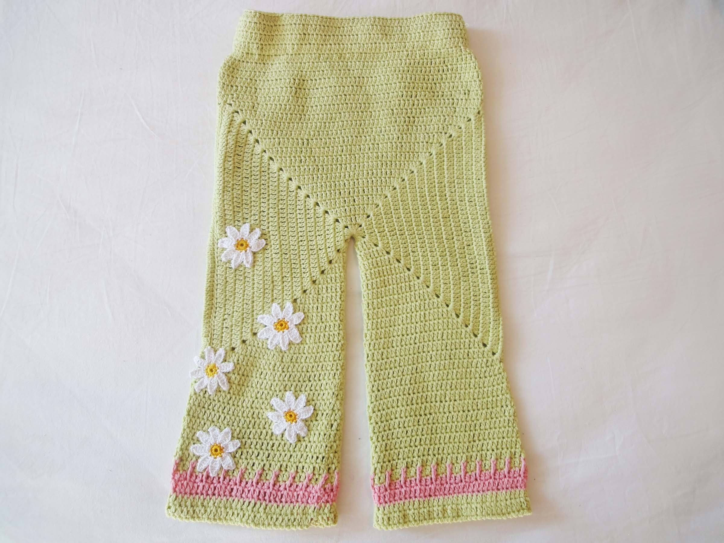 Штанишки бэби-сюрприз Knickers og Baby Surprise Crochet