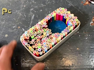 Phone case made of pencils and epoxy. Карандаши и эпоксидная смола.