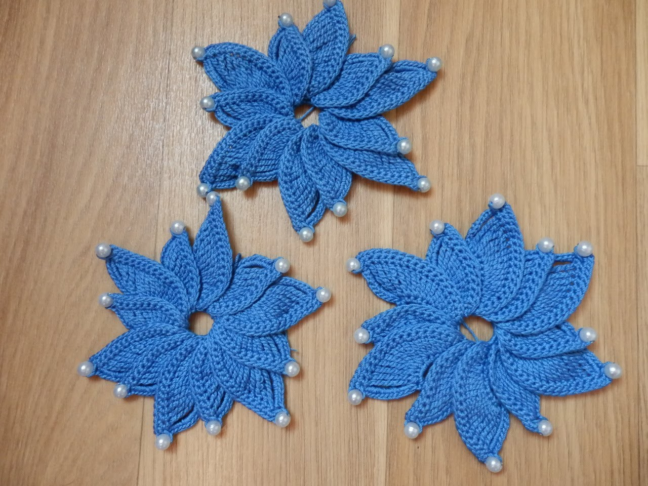 Master Class - Knitting volumetric the flower with beads