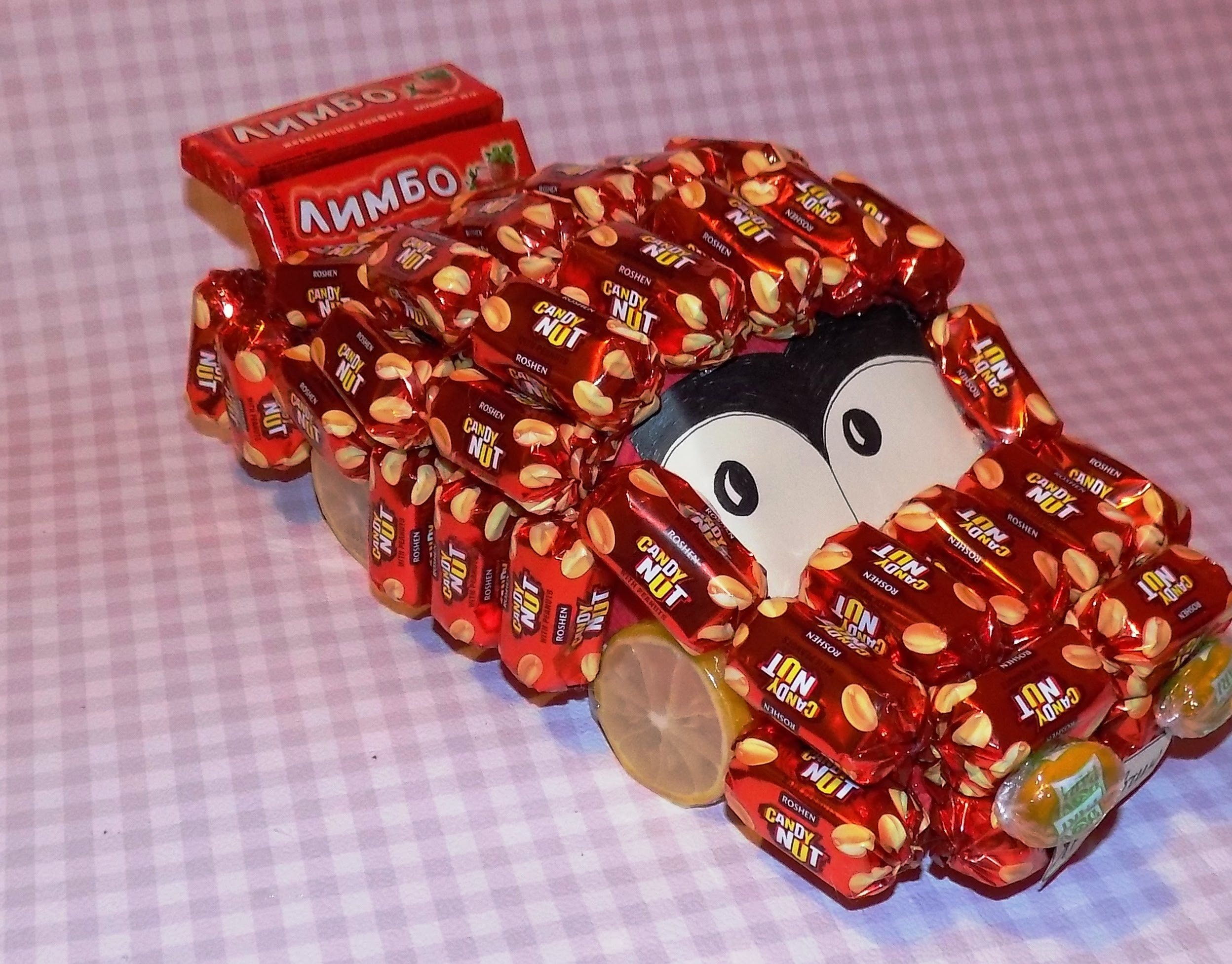 "Мастер-класс ""Машинка из конфет"". Тачки 2. DIY: Car of sweets"