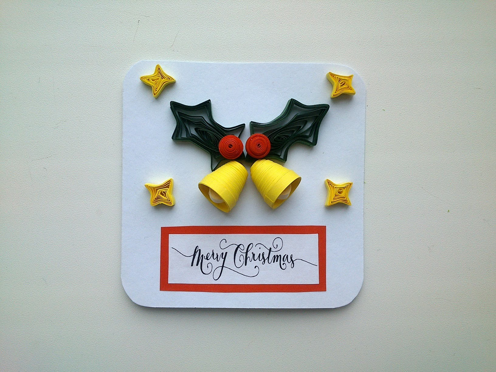 Сhristmas greeting cards : make  Quilling Christmas greeting card.